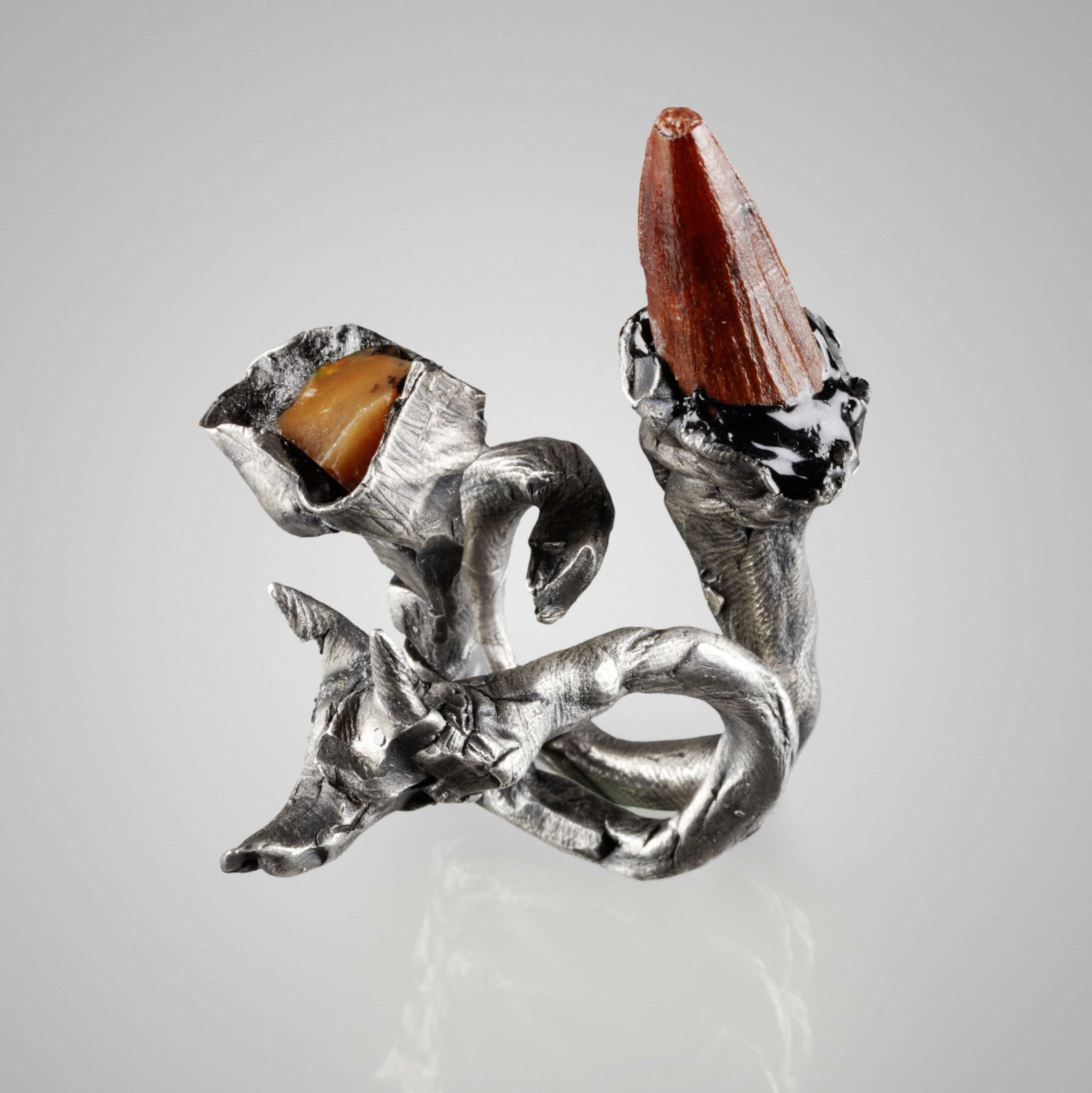 5. The Dragons of the Castle double ring
